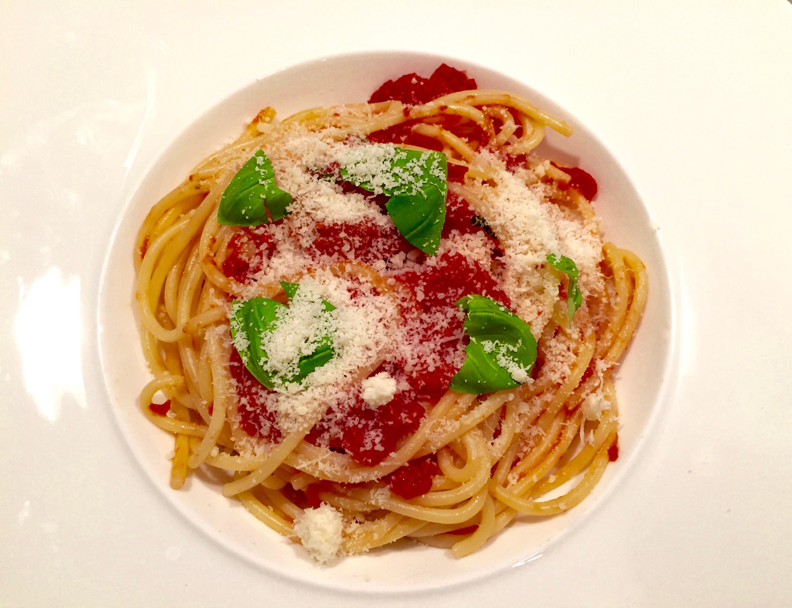 Klassieke spaghetti met tomaat