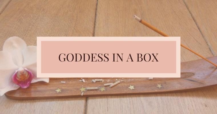 Goddess in a box | Toutes La vie